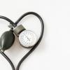 Артериальное давление: симптомы, причины, норма, лечение