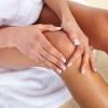 Боль в коленях: причины, симптомы, лечение