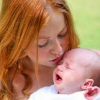 Как лечить колики у новорожденных детей?