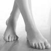 Как вылечить потливость ног?